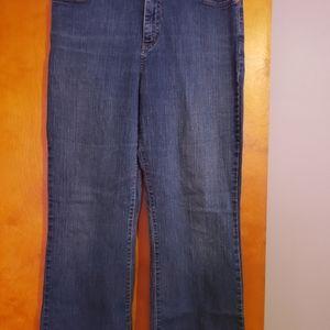 Womens Jean's size 14 average